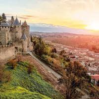 Carcassonne fran a bela paisagem por do sol na cidade famosa na fran a