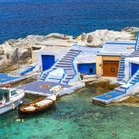 Barcos de pesca em Milos - Grécia.