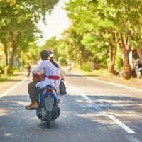 Casal moto, Bali, Indonésia