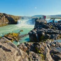 Vista panorâmica cachoeira Godafoss, Islândia