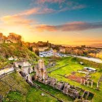 Volterra teatro romano na toscana