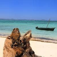 Mar esmeralda em Madagascar