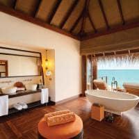 Ayada maldives banheiro ocean villa with pook