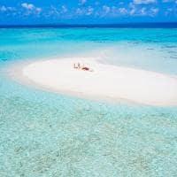 Ayada maldives picnic banco de areia