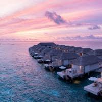 Baglioni maldives por do sol water villa