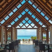 baros maldives restaurante lime interior