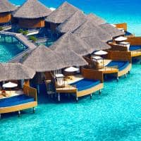baros maldives water pool villa vista aerea