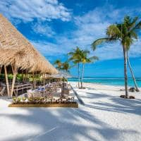 Emerald maldives beach club grill