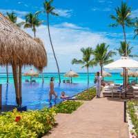 Emerald maldives beach club piscina