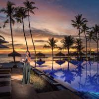 Emerald maldives beach club sunset