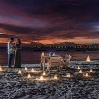 Emerald maldives experiencia jantar praia