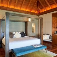 Huvafen fushi lagoon bungalow with pool quarto