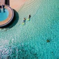 Huvafen fushi snorkelling