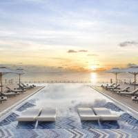 Jw marriott maldives horizon pool