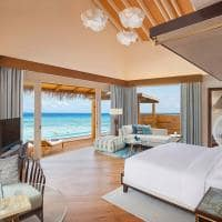 Jw marriott maldives quarto overwater pool villa sunrise