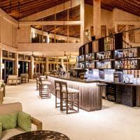 Kagi maldives ufaa pool bar