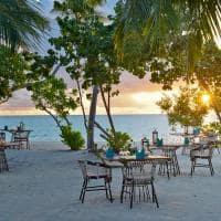 Kandima maldives restaurante azure dia