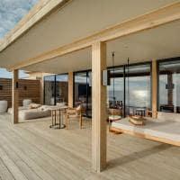 Kuda villingili deck water villa
