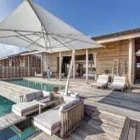 Kudadoo maldivas ocean pool residence exterior