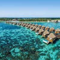 Mercure maldives kooddoo vista panoramica overwater sunset villa