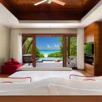 Niyama beach pool villa quarto