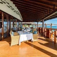 Ozen reserve bolifushi restaurante origine exterior