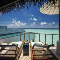 Ozen maadlhoo wind villa with pool piscina