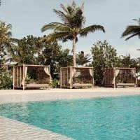 Patina maldives piscina