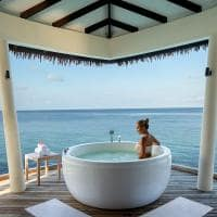 Radisson blu resort maldives banheira spa