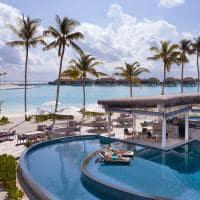 Radisson blu resort maldives bar crusoe