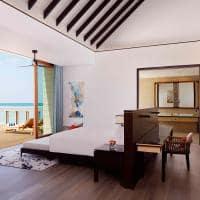 Radisson blu resort maldives quarto overwater villa with pool