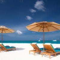 Sun siyam iru fushi maldives beach bar