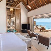 Waldorf astoria maldives overwater villa quarto