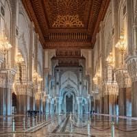 Interior da Mesquita Hassan II - Casablanca, Marrocos.