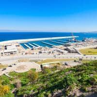 Vista aérea do porto de Tangier - Marrocos.