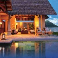 Beachfront Luxury Suite Villa