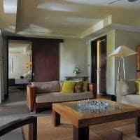quarto beachfront senior suite with pool