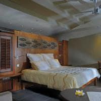 quarto beachfront suite with pool