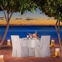 st regis mauritius resort jantar romantico