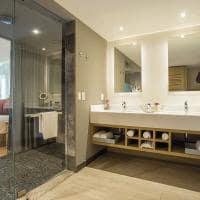 Breathless cancun banheiro junior suites