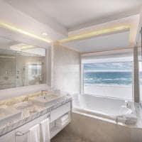 Leblanc cancun royale governor suite banheiro