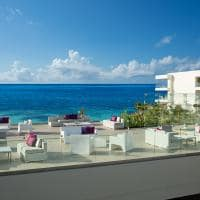 Purple Roof Terrace no Breathless Cancun
