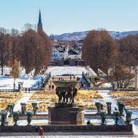 Vigeland Park no inverno, Olso, Noruega