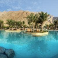 Piscina de água salgada no Six Senses Zighy Bay, Omã