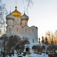 Arquitetura do convento de Novodevichy - Moscou, Rússia.