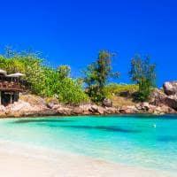 Barraca em praia de Seychelles