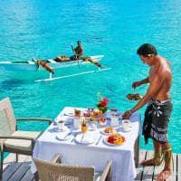 Café da manhã no bangalô, Conrad Bora Bora Nui