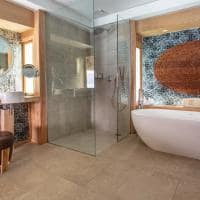 Le bora bora by pearl resorts banheiro overwater bungalow