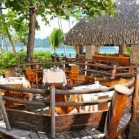 Le tahaa by pearl resorts area externa restaurante