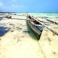 Barco típico em Zanzibar